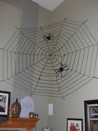 How To Make A Giant Spider Web Halloween Decorations Spider Web Giant Spiders Spider Webs