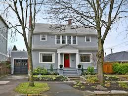 house paint color w red door
