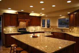 Luxury Modern Counter Top With Oaks Cabinetry And Kashmir White ...