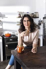 Uma internauta perguntou para a chef Paola Carosella se ela estava grávida  - Purepeople