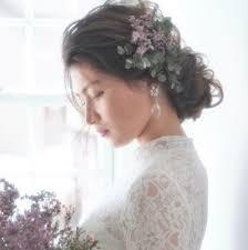 ティアラと合わせたい花嫁さんの愛されフェミニンな髪型大特集 Trill