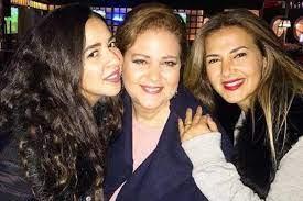 دلال عبد العزيز تسأل ابنتيها لأول مرة عن زوجها سمير غانم… وهكذا ردت دنيا  وأيمي