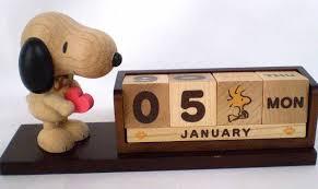 com new peanuts snoopy wooden block perpetual desk calendar