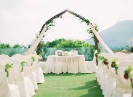 28 totally brilliant garden wedding