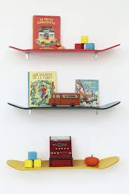 Lecons de Choses skateboard bookshelves | Bobby Rabbit