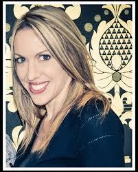 alyssa skyes director professional photographer at cmc makeup