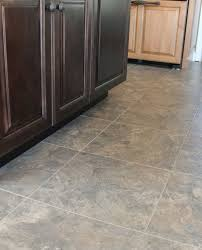 chic kitchen vinyl floor tiles best 25 armstrong vinyl flooring ideas on armstrong