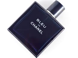 chanel blue. bleu is the new terre d\u0027hermes. like terre, gradually streets are beginning to smell of it. even a couple work colleagues who wore have made chanel blue