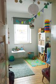 Minimalismus Mit Kind Reduziert Leben Ein Aufgeräumtes Kinderzimmer