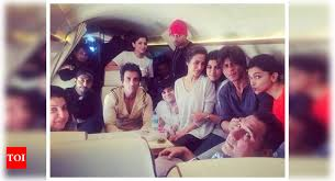 this bts picture of shah rukh khan
