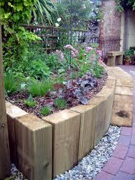 42 garden bed edging ideas that you