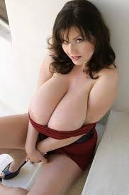 Big natural breast archive