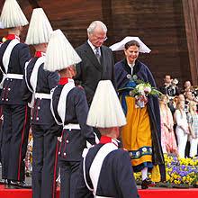 Sveriges nationaldag firas på skansen i stockholm med deltagande av svenska kungafamilien. National Day Of Sweden Wikipedia
