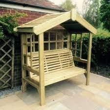 croft cottage 3 seat trellis garden