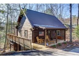 Bedrooms/Bathrooms: 3/2. View: Very Private Setting. Occupancy: 10. Beds: 1  King And 4 Queens Make Your Great Smoky Mountain Getaway One To Remember  When ...