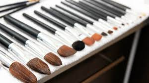 once you re spraying down your makeup brushes every day you ll still want to deep clean them once or twice per month alejandro falcon remends cleaning