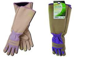 7 best gloves for pulling weeds