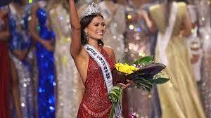 crowns Miss Mexico, Andrea Meza ...