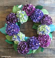 Diy Paper Flower Wreath 10 Paper Flower Wreaths You Can Diy