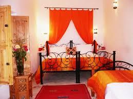 Bedroom : Masculine Orange Bedroom Decorating Ideas With White ...
