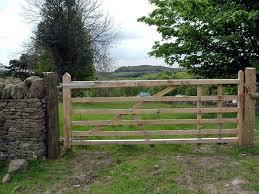 farm fence gate. Building A Farm Gate Fence