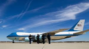 President Flying Like The Perks Abc News Air Force One Of 10 xwnPHYq8BX