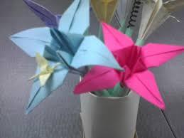 Flower Vase With Paper Make A Vase Of Paper Flower Pens 6 Steps