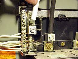 how to install a new circuit breaker in a main or sub panel neutral feed wire connected to neutral bus bar inside circuit breaker panel