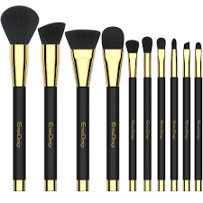 this is the most por mac makeup that es along with the amazing features and functions as well the designer cosmetic brush set will show the natural
