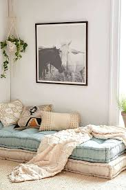 big cushion couch big pillows for daybed com awesome stuff you your space tufted 0 big