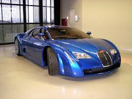 Tipping the scales at just 1,240 kg (dry) the bolide is a full 700 kg lighter than the chiron. Bugatti 18 3 Chiron Wikipedia