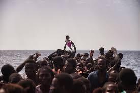 Bildergebnis für زوارق اللاجئين