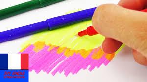 Dessin A Colorier Dun Petit Garcon A Lunettes Portant Un Livre