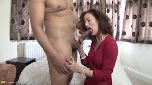 Beautiful mature women sucking young dicks
