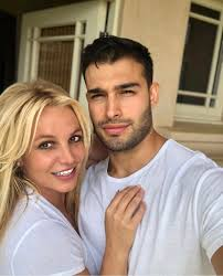As britney spears continues to focus on her health, her boyfriend sam asghari is providing a strong shoulder to lean on. Britney Spears Boyfriend Sam Asghari Officially Supporting Freebritney Movement