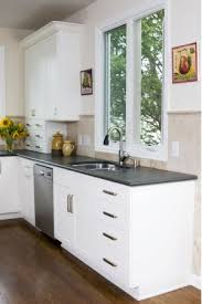 painting laminate countertops dark colored countertops