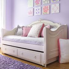 Luxury Daybeds For Girls With Trundle And There Are Pillows