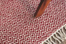 hand woven flatweave 4 x 6 red white diamond patterned rug