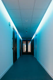 ceiling cove lighting. Architecture, Architectural Lighting Ideas Using Dynamic Cove For Hallway With White Blue Color Ceiling