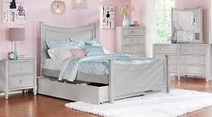full size bedroom. full size bedroom l