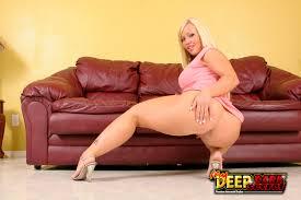 My Deep Dark Secret Austin Taylor Bring Her Fat Milf Butt By For.