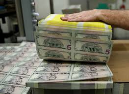 Us Dollar Index Live Chart Investing Com Forex U S Dollar Falls On Mixed Trade Signals Pound Rises