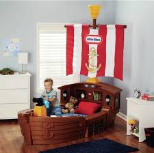 interesting pirate bedroom furniture and best 25 pirate themed bedrooms ideas on home design pirate