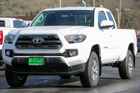 New 2017 Toyota Tacoma SR5 Access Cab in Roseburg #T17744 | Clint ...