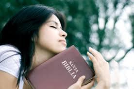Resultado de imagen para mujer orando