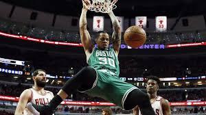 nikola mirotic dunk. Modren Dunk Boston Celticsu0027 Gerald Green Dunks In Front Of Chicago Bulls Pair Nikola  Mirotic Left For Mirotic Dunk