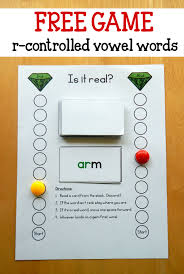 The ir/er/ur big phonics bundle contains 11 interactive activities for learning and practicing this phonics skill. R Controlled Vowel Words Game The Measured Mom