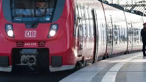 Jun 08, 2021 · gescheiterte tarifverhandlungen: Bahn Streik 2021 Lokfuhrer Streik Verschoben Gdl Plant Vorher Urabstimmung News De