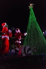 Festival Of Lights Manhattan Ks Light Display Adds New Twist To Bring Families Together