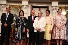 La Dra. Alma Bobadilla recibe Medalla al Mérito de la Mujer 2019   Salud  News